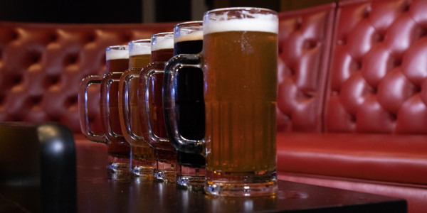 Assorted Beer Mugs (22oz)